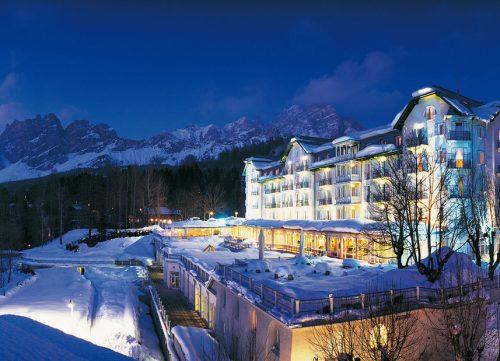 cristallo-hotel-by-night-2