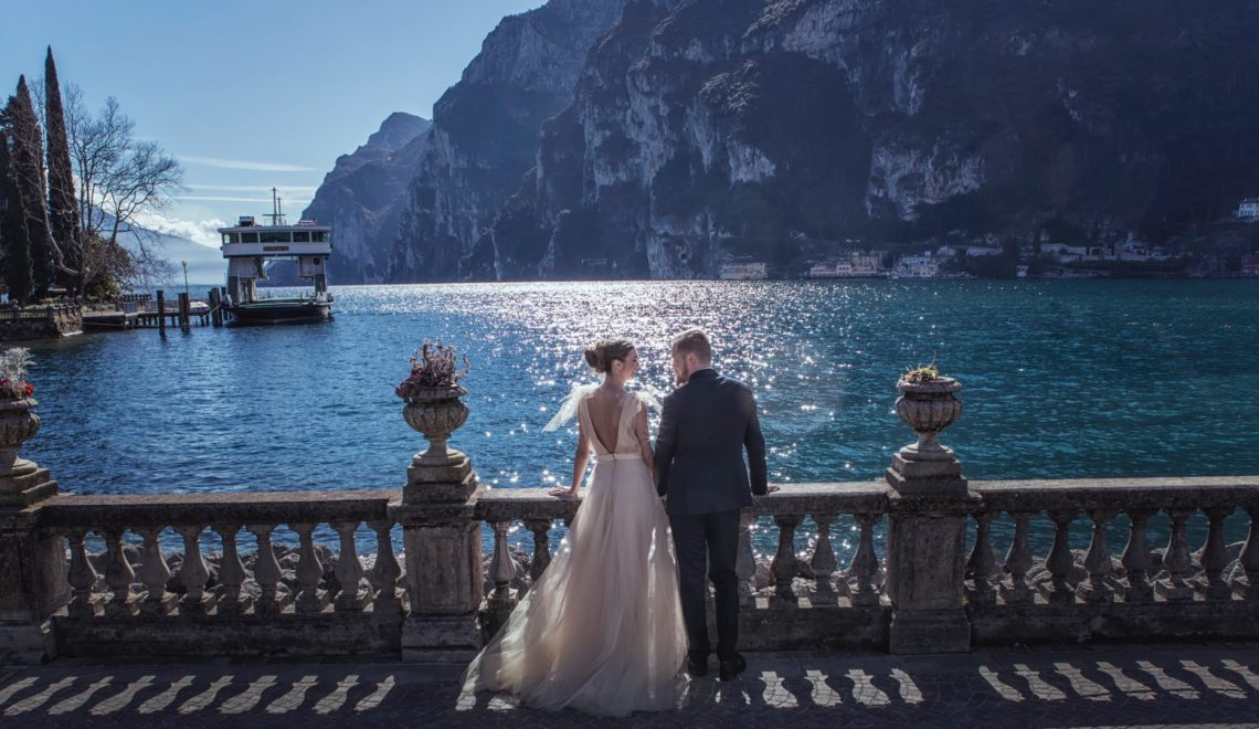 Soft and Romantic Elopement on Lake Garda